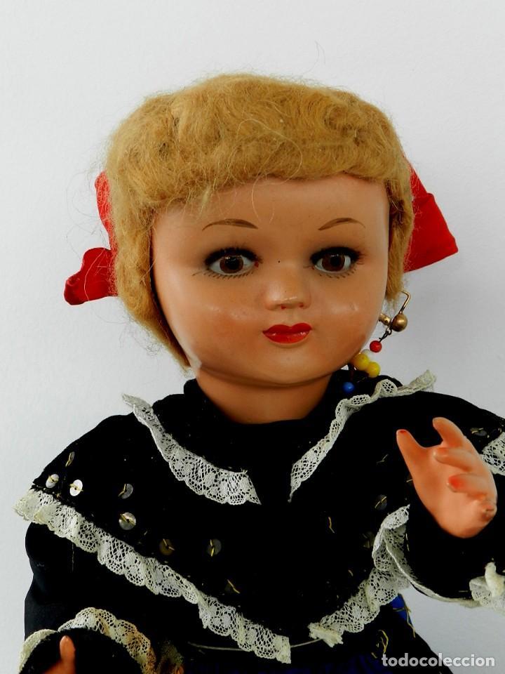 Muñeca española clasica: MUÑECA DE ISIDRO RICO, DE FINALES DE LOS 40, REALIZADA EN CARTÓN PIEDRA, CABELLO DE MOHAIR, OJO FIJO - Foto 2 - 133470426