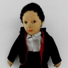 Muñeca española clasica: MUÑECO ESPAÑOL CON TRAJE REGIONAL AÑOS 20, CASA PAGÉS. MIDE 30 CM, TAL Y COMO SE VE EN LAS FOTOS. Lote 133472298