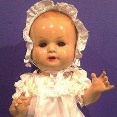 Muñeca española clasica: MUÑECO DE CARTÓN PIEDRA MANOLIN AÑOS 30. Lote 134661818