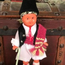 Muñeca española clasica: MUÑECO EN VINILO CON INDUMENTARIA REGIONAL MURCIANA , HUERTANO , MUY DETALLADO. Lote 135787690