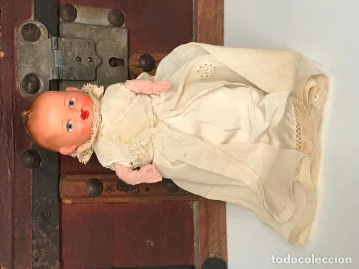 Muñeca española clasica: MUÑECO BEBÉ. TERRACOTA Y TRAPO CON FALDON PINTADO A MANO. ESPAÑA. AÑOS 30 - Foto 9 - 135789406