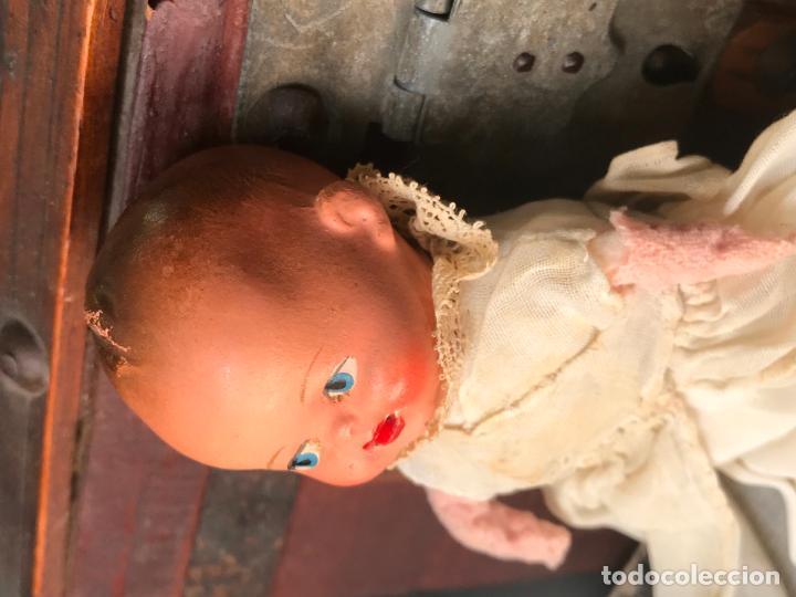 Muñeca española clasica: MUÑECO BEBÉ. TERRACOTA Y TRAPO CON FALDON PINTADO A MANO. ESPAÑA. AÑOS 30 - Foto 13 - 135789406