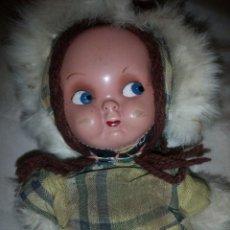 Muñeca española clasica: ANTIGUA MUÑECA CARITA CARTÓN PIEDRA,PELO DE LANA.AÑIS 40. Lote 136412490