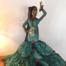 Muñeca española clasica: ESPECTACULAR ANTIGUA MUÑECA MARIN , LEVANTA LOS BRAZOS PARA PODER BAILAR, CHICLANA AÑOS 40. Lote 160329904