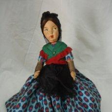 Muñeca española clasica: MUÑECA PAGES REVERSIBLE. CON 2 VESTIDOS REGIONALES ESPAÑOLES. ALTURA TOTAL 30 CMS.. Lote 138613786