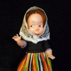 Muñeca española clasica: ANTIGUA MUÑECA REGIONAL. SIN MARCA. 24 CM. AÑOS 60. Lote 138661482
