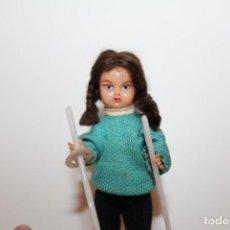 Muñeca española clasica: ANTIGUA MUÑECA DE CELULOIDE PELO MOHAIR CARITA DECORADA - AÑOS 60. Lote 139698934