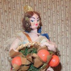 Muñeca española clasica: MUÑECA VALENCIANA CON NARANJAS,MUÑECAS YOLANDA,SIMILAR A LAYNA,CAJA ORIGINAL,FINALES AÑOS 50. Lote 140599330