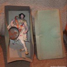 Muñeca española clasica: VALENCIANA CON PAELLERA,MUÑECAS YOLANDA,SIMILAR A LAYNA,CAJA ORIGINAL,AÑOS 50. Lote 140602234