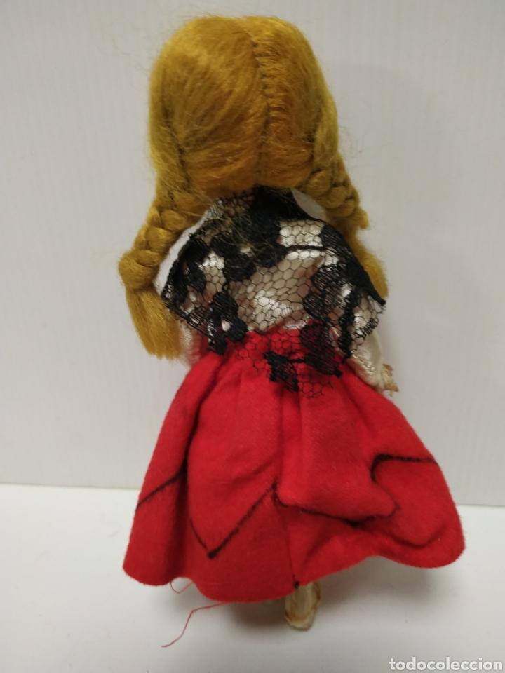 Muñeca española clasica: Antigua muñeca plástico duro - Foto 2 - 140658425