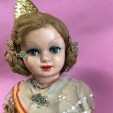 Muñeca española clasica: MUÑECA ANTIGUA EN PLÁSTICO VALENCIANA. Lote 143880137