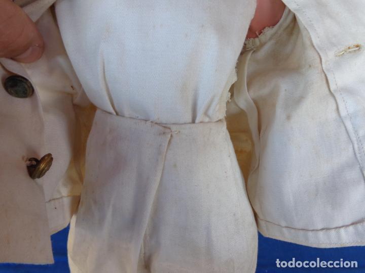 Muñeca española clasica: ANTIGUA MUÑECA DE CARTON PIEDRA AÑOS 40/50, PARA PIEZAS O RESTAURAR VER FOTOS Y DESCRIPCION! SM - Foto 4 - 144802638