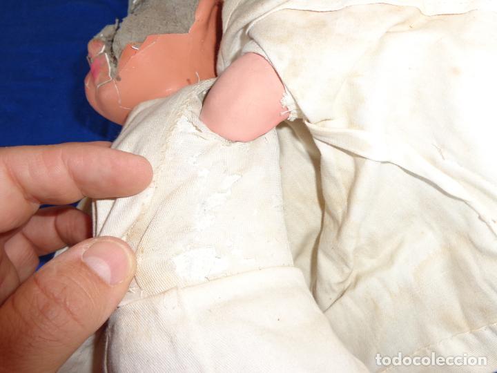 Muñeca española clasica: ANTIGUA MUÑECA DE CARTON PIEDRA AÑOS 40/50, PARA PIEZAS O RESTAURAR VER FOTOS Y DESCRIPCION! SM - Foto 8 - 144802638