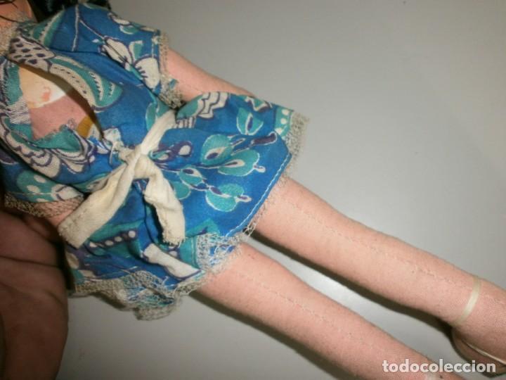 Muñeca española clasica: antigua muñeca a identificar cabeza celuloide o plastico duro cuerpo de trapo mide 32 cms - Foto 7 - 145182618