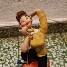 Muñeca española clasica: MUÑECA FIELTRO ROLDAN. Lote 145507886