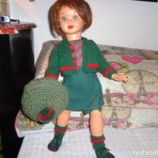 Muñeca española clasica: MUY BONITA MUÑECA DE CELULOIDE, CREO QUE ES PIERINA LLEVA UNAS LETRAS DESMARCADAS MIDE 48 CTMS. Lote 146273838