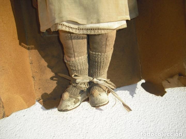 Muñeca española clasica: Salida hoy de un antiguo almacen allì ha estado desde los años 40,,jamàs tocada,totalmente original, - Foto 7 - 147185610