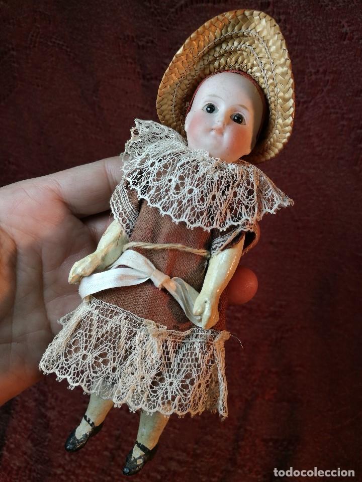 Klassische spanische Puppen: Pequeña muñeca cabeza de biscuit ojos de cristal -y papel mache -19 cm - Foto 2 - 147449174
