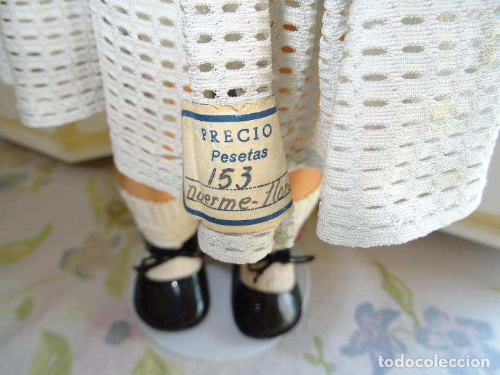 Muñeca española clasica: ANTIGUA MUÑECA CHELITO DE JOSE BERENGUER - ONIL AÑOS 50 EN CARTÓN PIEDRA CON ETIQUETA DE VENTA - Foto 5 - 147478094