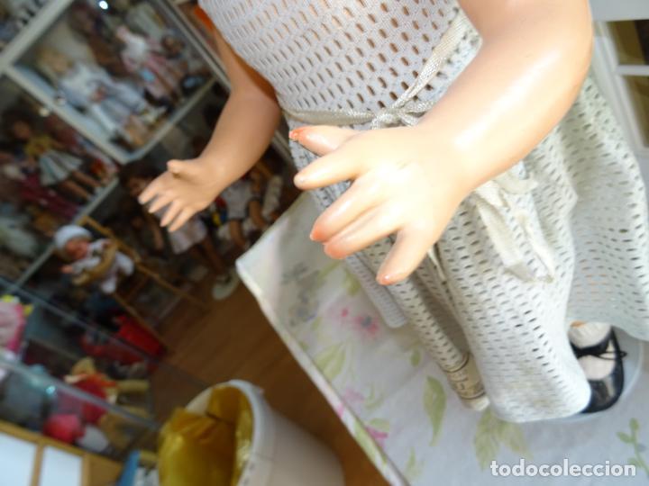 Muñeca española clasica: ANTIGUA MUÑECA CHELITO DE JOSE BERENGUER - ONIL AÑOS 50 EN CARTÓN PIEDRA CON ETIQUETA DE VENTA - Foto 8 - 147478094