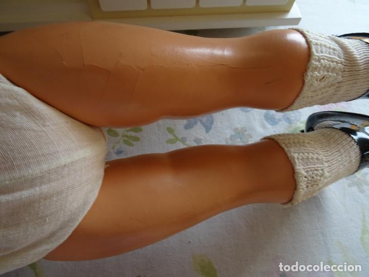 Muñeca española clasica: ANTIGUA MUÑECA CHELITO DE JOSE BERENGUER - ONIL AÑOS 50 EN CARTÓN PIEDRA CON ETIQUETA DE VENTA - Foto 14 - 147478094