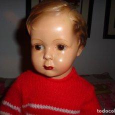 Muñeca española clasica: BONITO MUÑECO DE LA MARCA NOC DE OLOT, PINTADO A MANO, BOCA CERRADA, TERRACOTA DE 1930 OJOS CRISTAL. Lote 148057210