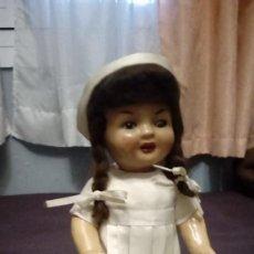 Muñeca española clasica: MUÑECA ANTIGUA DE CARTÓN PIEDRA. Lote 148658162