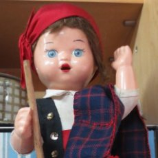 Muñeca española clasica: MUÑECO REGIONAL MAÑO CELULOIDE AÑOS 50 PELO MOHAIR. Lote 148938210