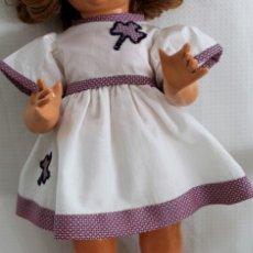 Muñeca española clasica: VESTIDO PARA MUÑECA GISELA O SIMILAR ANTIGUA-CLOTHES FOR DOLLS, POUPÉES. Lote 121896927