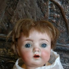 Muñeca española clasica - Precioso bebe carácter, ojo durmiente cristal, Marcado B/2 mide unos 23 cm cuerpo composición - 150724586
