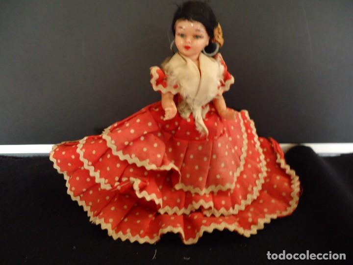 Muñeca española clasica: ANTIGUA MUÑECA DE PLASTICO DURO Y OJOS DURMIENTES VESTIDA DE FLAMENCA - Foto 5 - 150738450