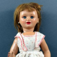 Muñeca española clasica: MUÑECA CELULOIDE OJO DURMIENTE PELUCA VESTIDO ORIGINAL AÑOS 50 38 CM. Lote 151117238