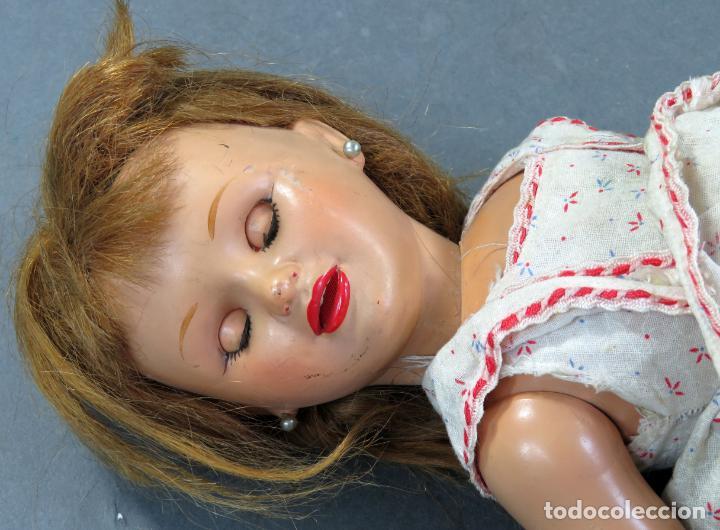 Muñeca española clasica: Muñeca celuloide ojo durmiente peluca vestido original años 50 38 cm - Foto 9 - 151117238