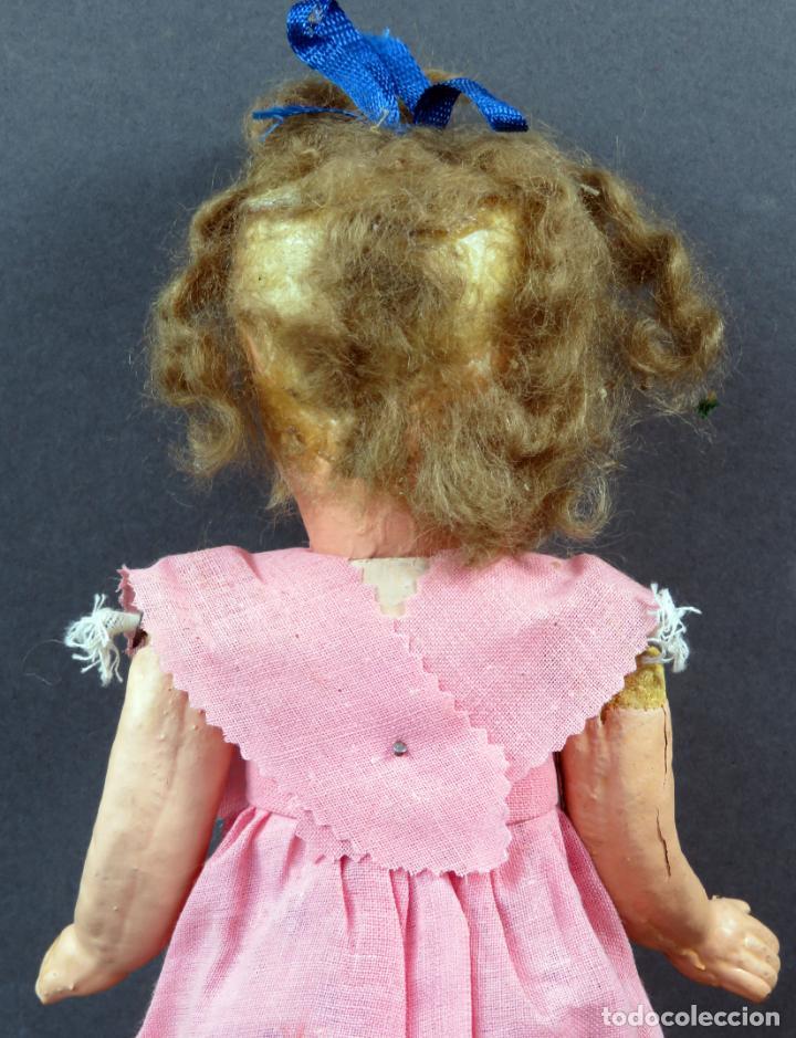 Muñeca española clasica: Muñeca popular cabeza cerámica cuerpo cartón piedra articulada ropa original años 30 - 40 30 cm - Foto 5 - 151812174