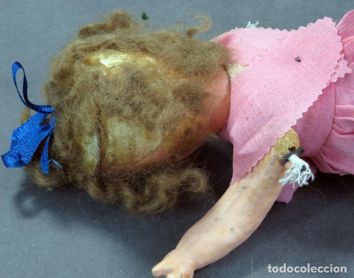 Muñeca española clasica: Muñeca popular cabeza cerámica cuerpo cartón piedra articulada ropa original años 30 - 40 30 cm - Foto 10 - 151812174