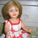 Muñeca española clasica: MUÑECA VIOLETA DE FAMOSA. CABEZA CELULOIDE, RESTO CARTÓN. 46 CM. ESTADO EXCELENTE. Lote 165446706
