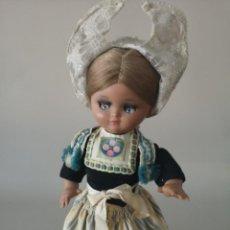 Muñeca española clasica: PRECIOSA LINDA PIRULA VESTIDA CON TRAJE TÍPICO HOLANDÉS ,CASA ALBA AÑOS 50 ,POCO VISTA . Lote 165459430