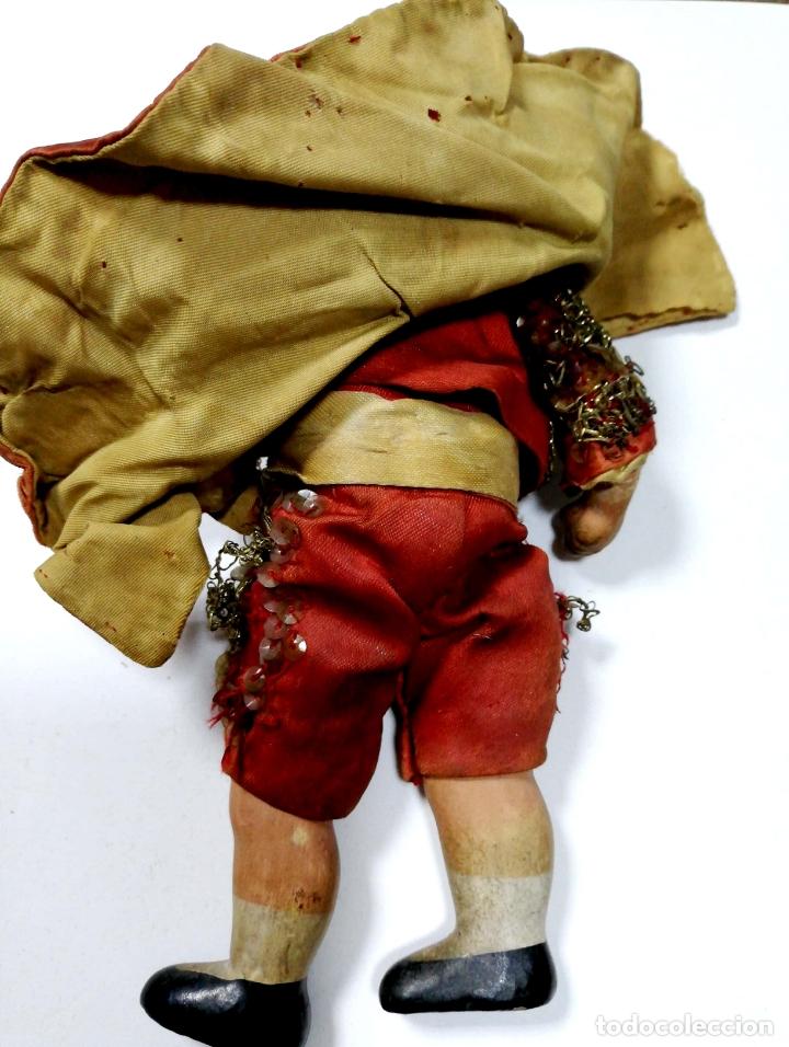 Muñeca española clasica: ANTIGUO MUÑECO VESTIDO DE TORERO. VER FOTOS. MEDIDAS : 17 X 9 CM APROX. - Foto 8 - 166900928