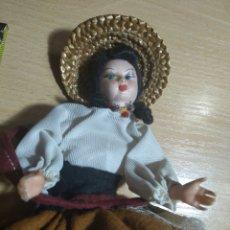 Muñeca española clasica: MUÑECA TIPICA. Lote 167803437