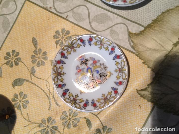 Muñeca española clasica: Antiguo juego de café de juguete o miniatura con dibujo floral y dorados años 80 - Foto 9 - 168517744
