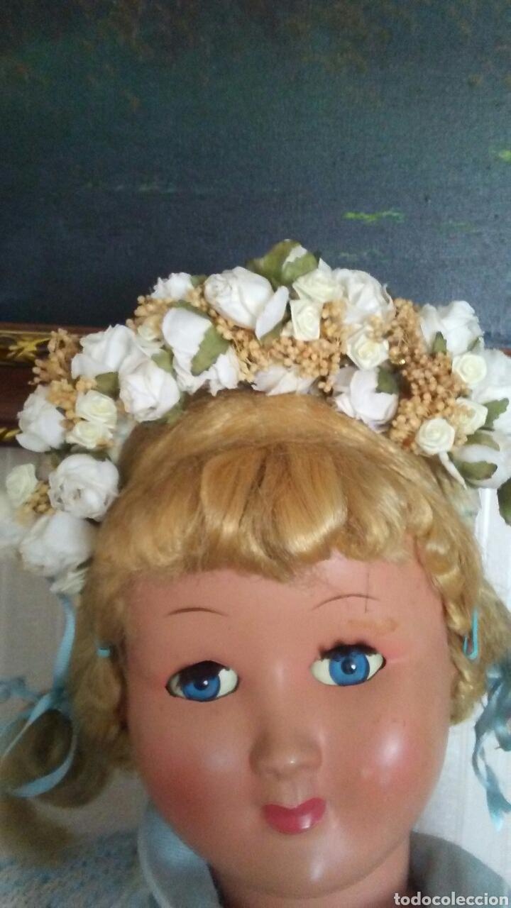 Muñeca española clasica: Preciosa diadema de flores ,es de niña pero sirve para muñeca grande - Foto 2 - 169013093