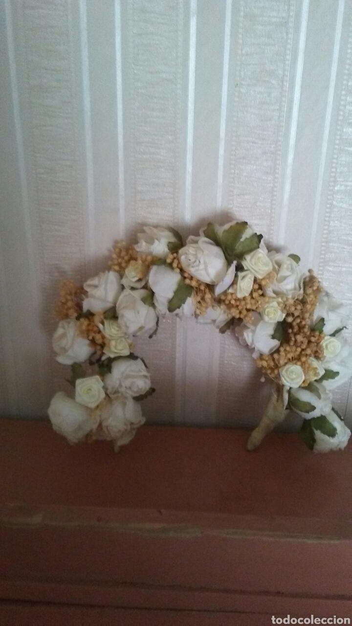 Muñeca española clasica: Preciosa diadema de flores ,es de niña pero sirve para muñeca grande - Foto 3 - 169013093
