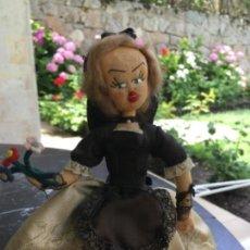Muñeca española clasica: MUÑECA DE FIELTRO VESTIDA CON TRAJE REGIONAL. AÑOS 50-60. Lote 169082432