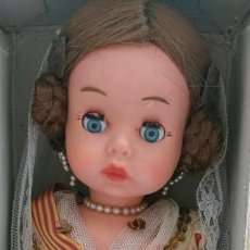 Muñeca española clasica: MUÑECA ANGELITA INDUSTRIAS LEB CON CAJA . Lote 169559968