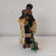 Muñeca española clasica: CON ETIQUETA. ANTIGUO MUÑECO FRAY ESCOBA EN FIELTRO Y TELA , DE MARIA ROIG. Lote 170438904