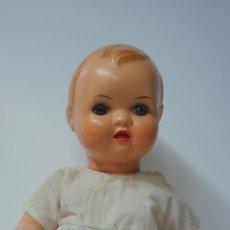 Muñeca española clasica: MUÑECA BEBE DE CELULOIDE MARCA DIANA EN NUCA Y ESPALDA.. Lote 170553272