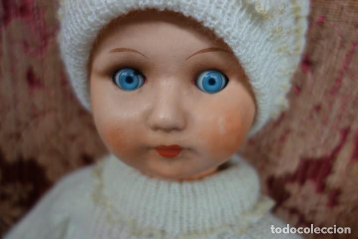 Muñeca española clasica: MUÑECA DE CARTÓN PIEDRA DE LOS AÑOS 40 - Foto 2 - 170694935