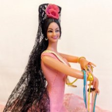 Muñeca española clasica: MUÑECA GITANA DE MARIN DE 27 CM ROJA,EN MUY BUEN ESTADO.. Lote 171268114