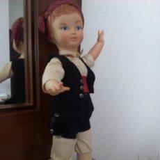 Muñeca española clasica: MUÑECA REGIONAL AÑOS 50\60. Lote 175280807