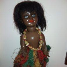 Muñeca española clasica: MUÑECA CHELITO NEGRA HAWAIANA--J.BERENGER AÑO 40. Lote 177066945